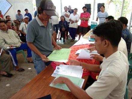 Pembagian Sertifikat PTSL Desa Tunjung Tahun 2018