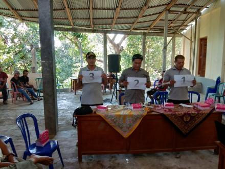 Penetapan dan Pengambilan Nomor Urut Calon Perbekel Desa Tunjung