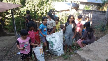 Menanamkan Nilai-nilai Kebersihan Lingkungan Sejak Dini